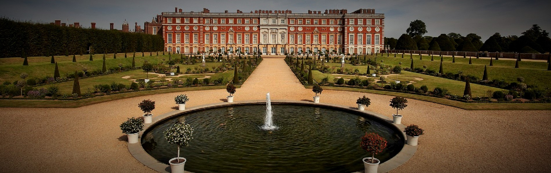 Tours of England - Hampton Court