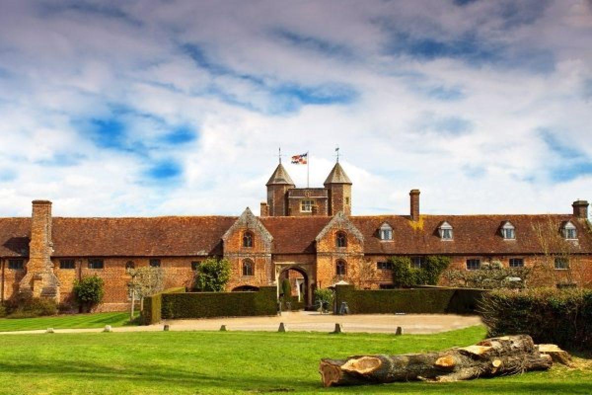Sissinghurst Castle, Cranbrook, Kent, England